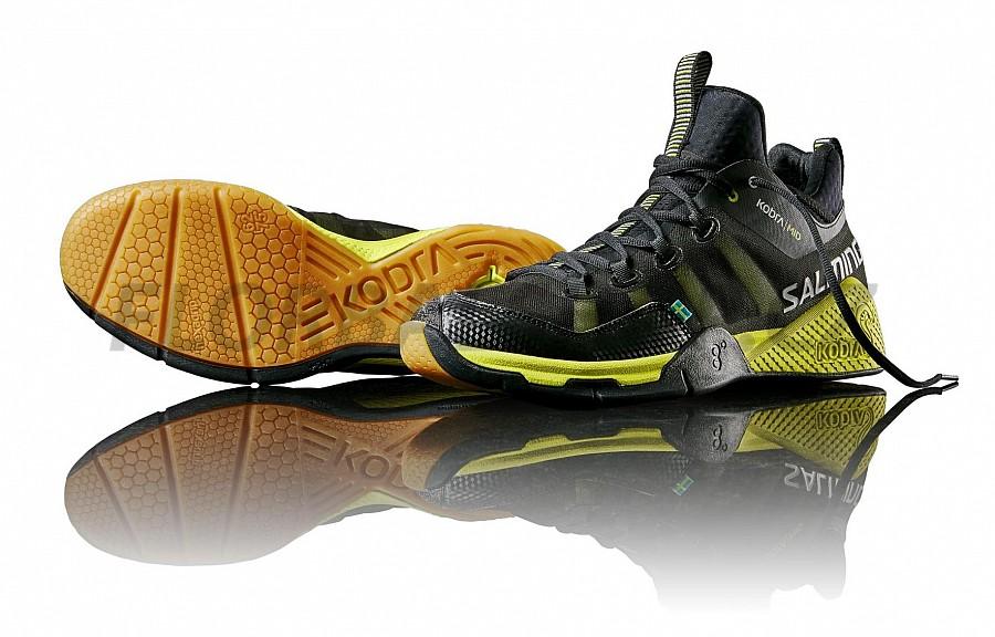 Salming Kobra Mid Black Yellow sálová obuv  b84cca7751